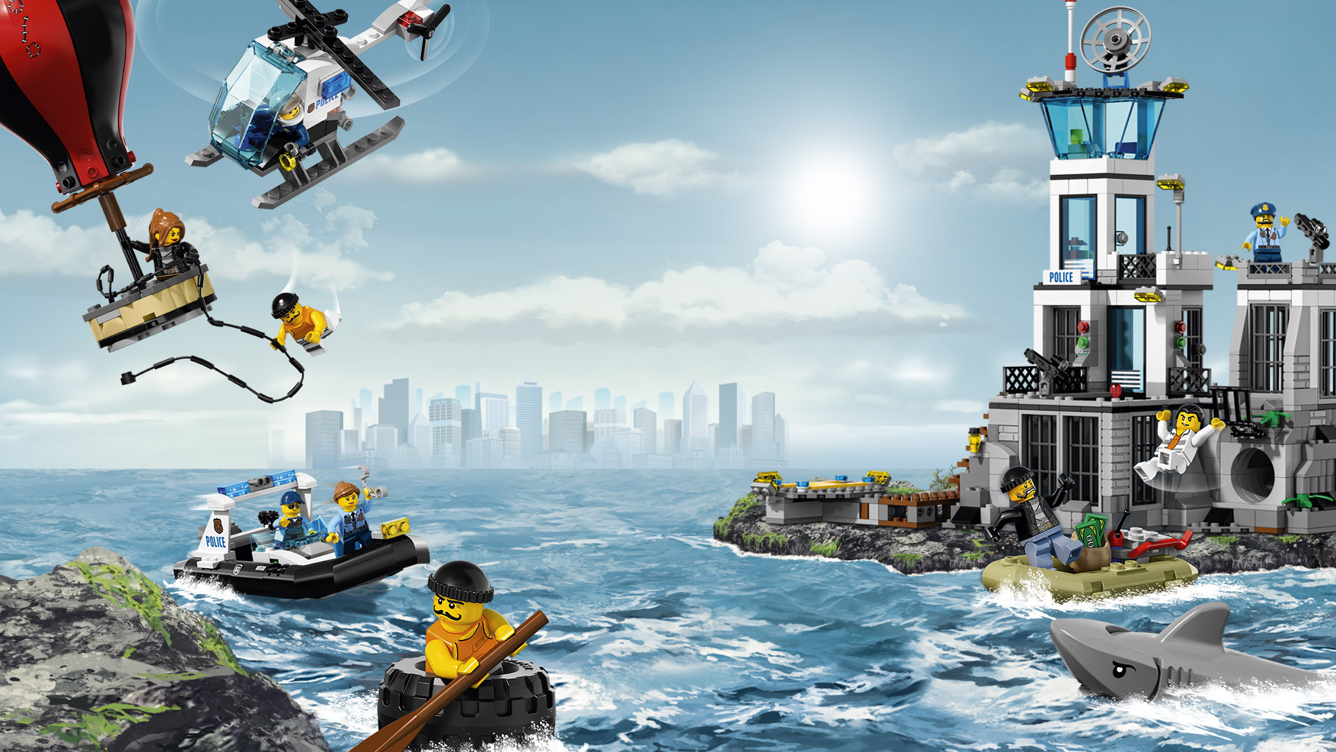 Lego Prison Break - Police chase escaping criminals by sea